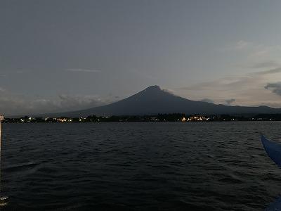 富士河口湖灯篭流し