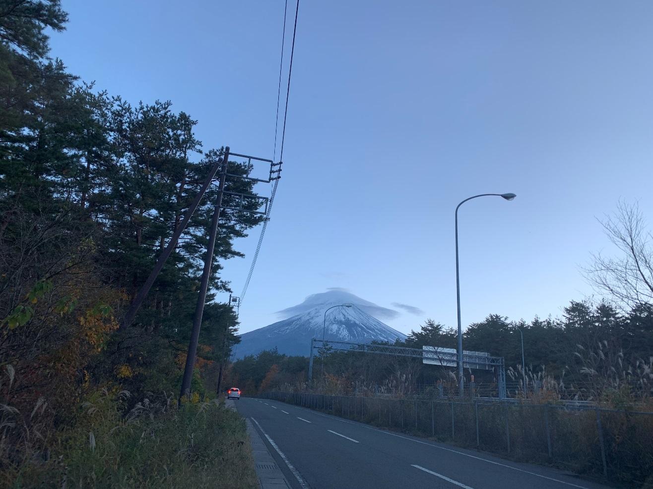 富士山、傘雲