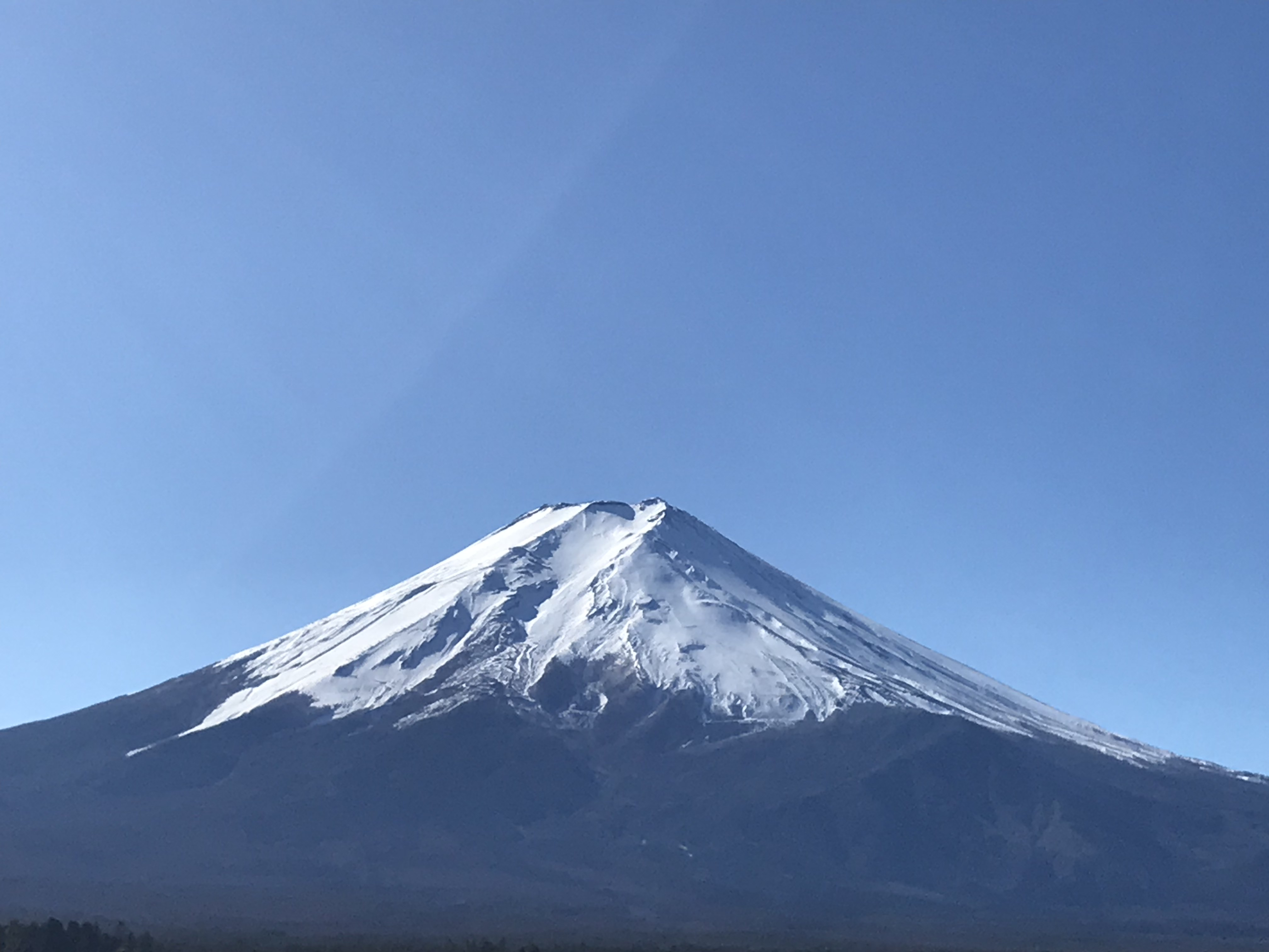 富士山駅ビル屋上から撮影した富士山