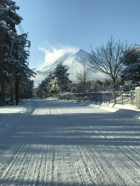 真っ白な富士山